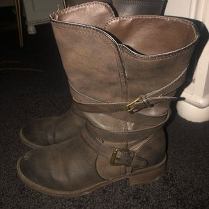 Shoes - Gray/brown boots
